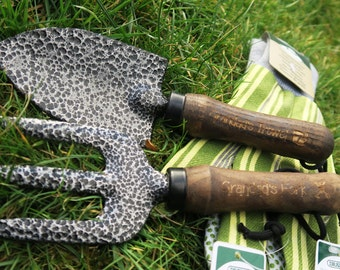 Personalised Gardening Set - Fork, Trowel and Gloves - Engraved Garden Tools