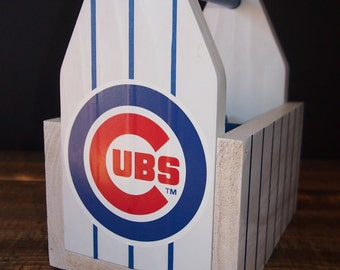 Reclaimed Wood Chicago Cubs 6-pack Carrier w/ Bottle Opener