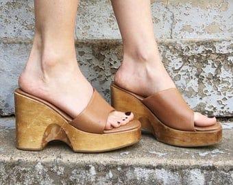 FLASH SALE Vintage 90s Steve Madden Tan Brown Leather Faux Wood Chunky Slide Platform Wedge Sandals 8.5
