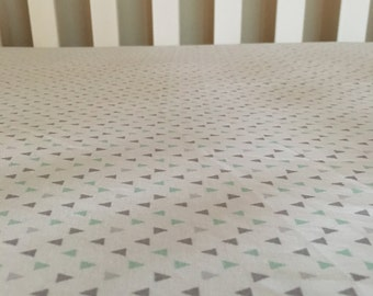 Mint Triangle Fitted Crib Sheet
