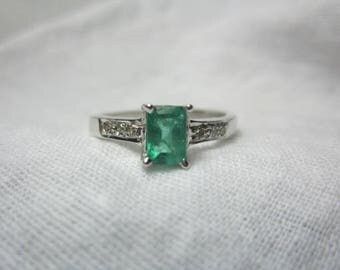 Natural Emerald and Diamond ring, Diamond ring, Emerald ring, WOOW GORGEOUS