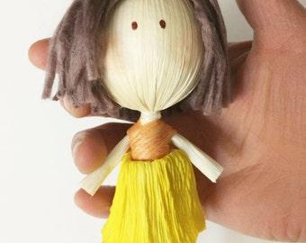 Little doll yellow skirt