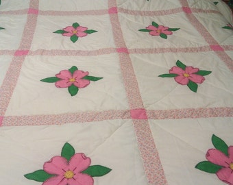 "Home/Handmade Quilt 79.5"" x 79"" White & Pink Floral / Twin/Full size bed"