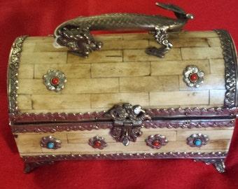 Vintage Camel Bone Hand Made Jewelry/Storage Box