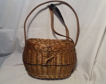 Vintage 1970's Hand - Woven Straw Bag Fisherman