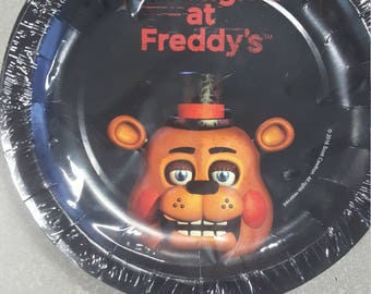 Five Nights at Freddy's Small Dessert Plates 8 Pack/Five Nights at Freddy's Party Supplies
