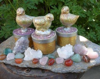 Easter Gift Box, Handmade, OOAK, Crystals, Rocks, Easter Chick, Bird, Trinket Box, Jewelry, Jewelry Box, Keepsake