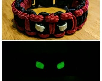 Deadpool Themed Glow in the Dark paracord bracelet