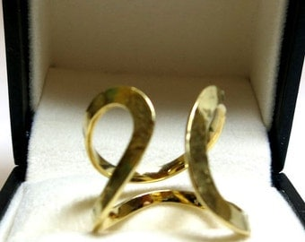 h stern 18k yellow gold fashion ring