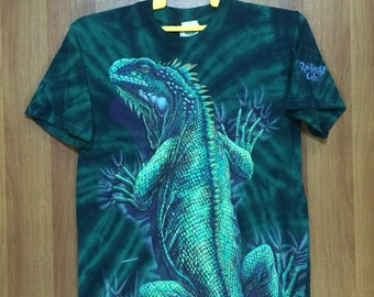 Rare RAINFOREST CARE Iguana Graphic Tye Dye T-shirt - Adult Small Size - Souvenir - Habitat xcv co.