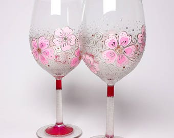 Hand painted wine glasses, Silver and pink Romantic evening glasses, pink wine glasses, painted glass, painted wineglass, painted glassware