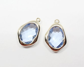 G002701/Light Sapphire/Gold plated over brass/Uneven Rhombus faceted Glass Pendant/12.3x 18mm/2pcs