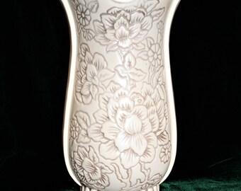 Vintage Red Wing Pottery Magnolia vase; large white vase; USA pottery; wedding; shower; centerpiece