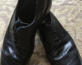 Vintage Men's Nunn-Bush Black Wingtip Oxfords, Size 9 1/2 D
