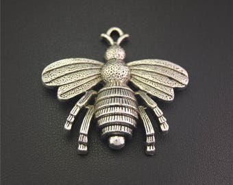 10pcs Antique Silver Animal Bee Charms Pendant A2157