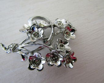 Vintage Flower Bouquet Brooch / Pin / Jewelry