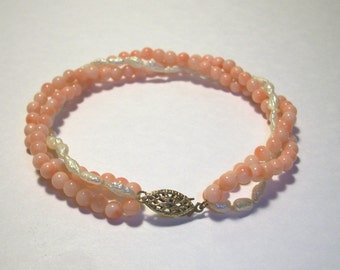 """Vintage 1/20 12k GF Fresh water pearls,Peach Glass Beads,3 twisted strands,gold filled,Pre-owned,7.25"""" Long,not scrap,marked,delicate,fill"""
