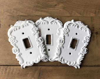 SALE/Light switch Cover/Light Switch plate/Outlet Cover/White Shabby Chic/Switch Plate/Decorative Cover/Ornate Plug Cover/Shabby Chic