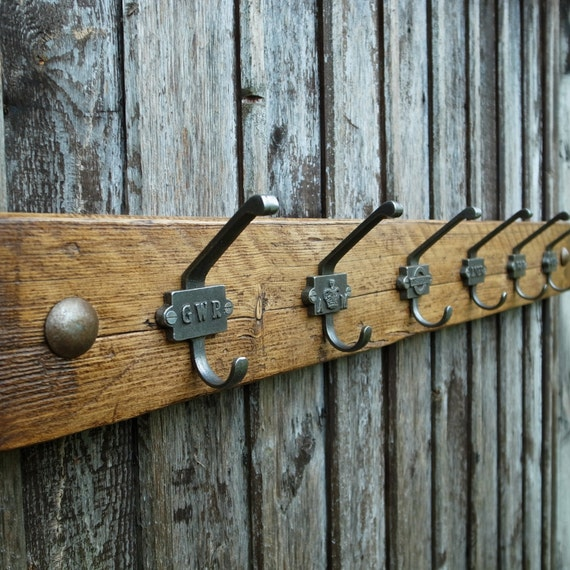 Vintage Industrial Railway Coat Hooks Rustic Coat Rack Reclaimed Wood Furniture (6 Hooks 90cm)