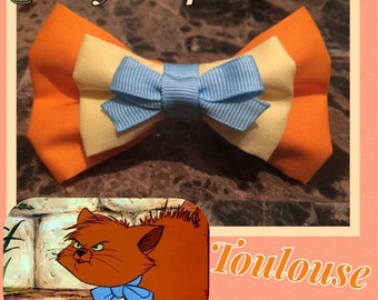 Toulouse Inspired Aristocats hair bow; Aristocats hair bow; Disney character hair bow