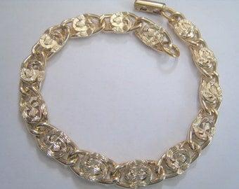 Vintage Sarah Coventry Lite Weight Bracelet