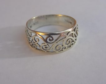 Stunning sterling silver filigree ring size 9