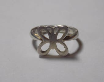Beautiful sterling silver butterfly ring size 5 1/2