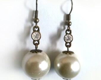 Big White Pearl Earrings With Clear Rhinestone