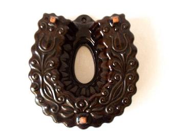 Vintage ceramic pudding mould, West Germany, 959-17, horseshoe shaped