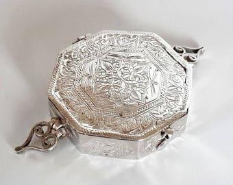 Islamic Koran silver 800 Box Octagon Arabic Inscribed Antique  Good Luck Amulet