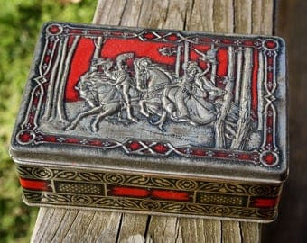 Rileys Toffee Tin, Medieval, Falconry, Elizabethan, Tin, Candy Tin, Embossed, Rileys Toffee, Red, Black, Silver, Tin Box, Home Decor