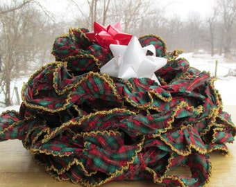 Vintage Christmas 60 Foot Garland, Fabric Garland, Plaid Red & Green, Holiday Decorations
