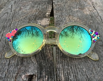 NEW! Pink Bow Embellished Round Sunglasses - Translucent Yellow Frames, Green Yellow Reflective Lenses, with Multi Colored Rhinestones