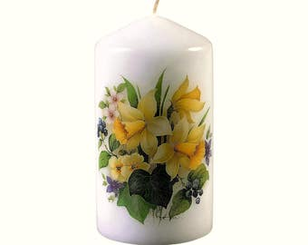 Spring Flowers - Scented Floral Bouquet Pillar Candle