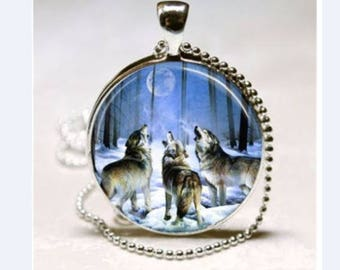 Wolf, full moon night pendant necklace cabochon vintage style glass necklace