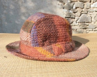 Pure wool vintage trilby hat SMALL