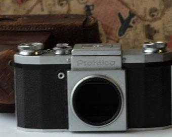 PRAKTICA. 35mm. SLR. Camera Body