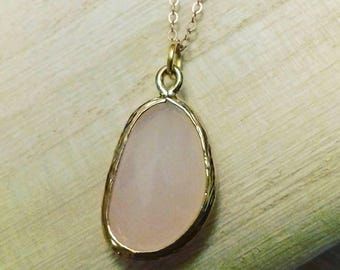 Star Quartz Marilyn necklace plated gold 14 k and smoky rose quartz pendant