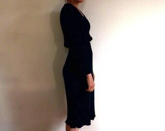 Vintage 1970s navy blue long-sleeved pleated secretary tea dress M