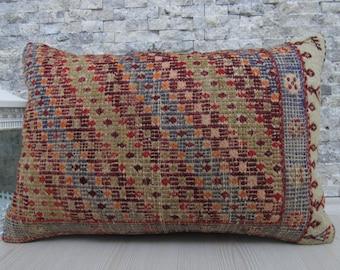 Vintage Embroidery Turkish Kilim Rug Pillow Kilim Cushion 16 x 24 Turkey Pillow Bohemian Aztec Pillow Home Decor Armchair Pillow Cover