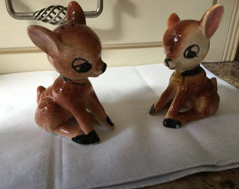 Beautiful vintage deer salt and pepper shakers stamped foreign