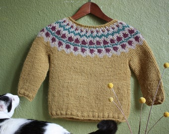 Icelandic sweater with blossoms (kids, mustard yellow)