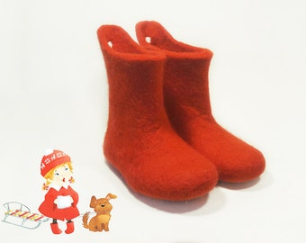 Children house shoes Red kids boots Handmade baby shoes - Kids toddler shoes felted - Kids slippers Unisex baby shoes - kids home wool shoes