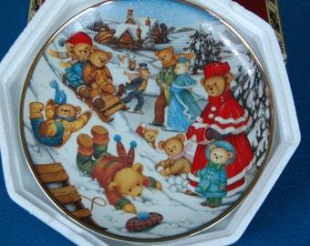 Teddy Bear Winter Frolic Carol Lawson Franklin Mint Collector Plate N6622