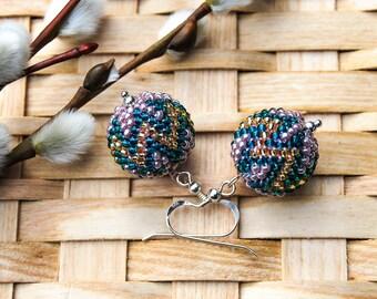"Earrings ""Geometry"" from Roccailes crochet with silver hook, purple chrochet beads silver"