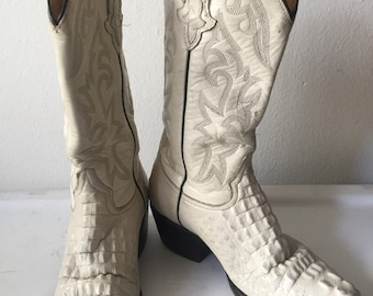 White men's cowboy boots, from real leather, shabby leather, embroidered,   vintage style, western, men's size 7 1/2