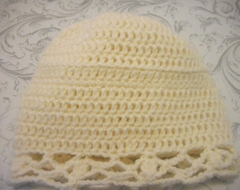 Child hat, 18 months. Several colors and styles available. Knitted by hand. Keep warm your little girl or boy.