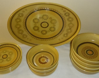 13 Pieces of Vintage Franciscan Honeycomb Pattern pottery made in England