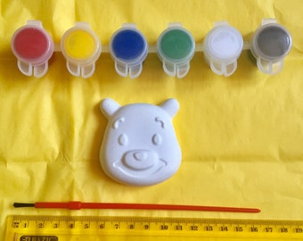 Winnie  the Pooh party favors. Teddy bear party favors .Made to paint. Complete party favors. Class.School.