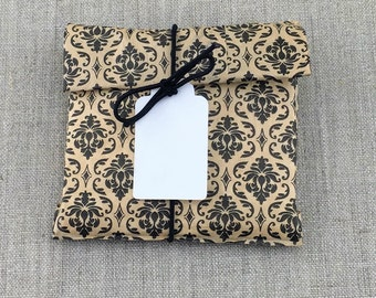 DIY Kit, Set of 10 Black Damask Print Favor Bags 5 x 7 with Tags, Stretch Loops, DIY Favor Kit, Kraft Paper Favor bags, White Rectangle Tags